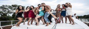 Addio al nubilato in barca con striptease lago di Garda