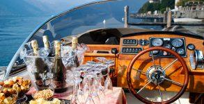 Aperitivo in barca lago di Garda